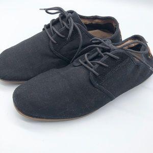 Aldo black canvas Tie up soft loafers size 9
